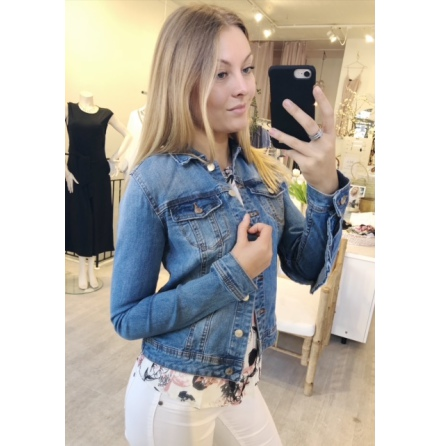 Vilucca Ruffle denim jacket
